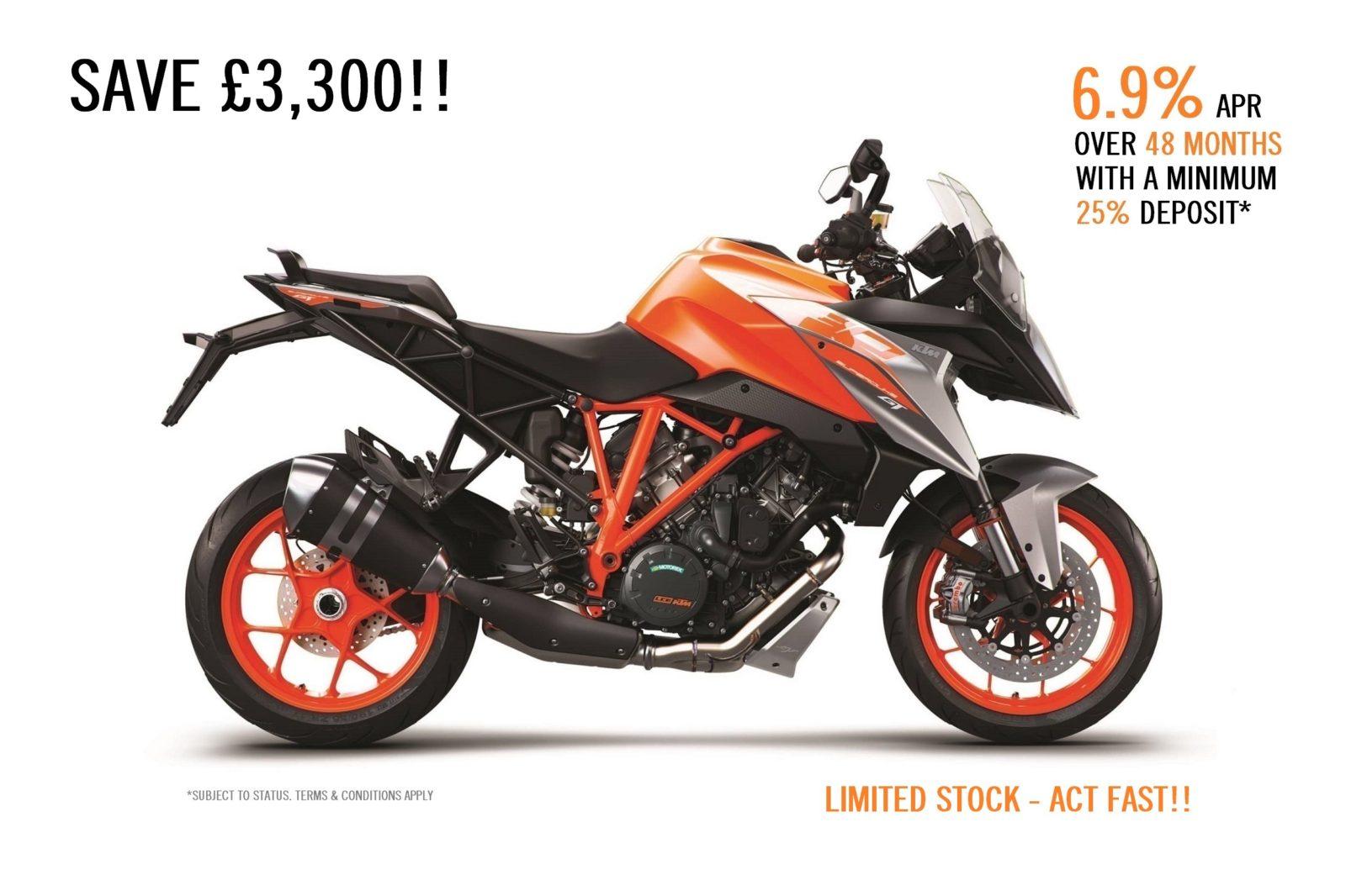 KTM 1290 SUPER DUKE GT - 2018 **SAVE £3300!!**