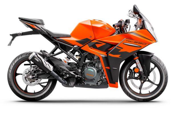 RC390 MY 22 Orange